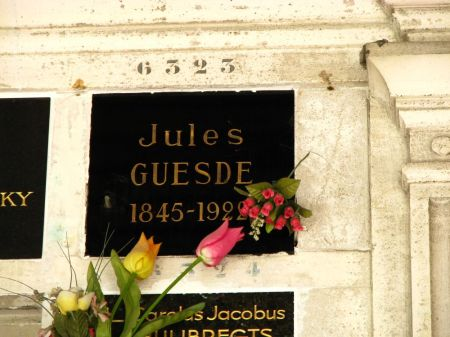 Pere_Lachaise_Guesde_Jules_Colombarium_
