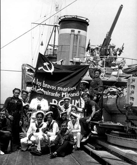 POUM (24) - marinos del destructor Almirante Miranda. Verano 1936